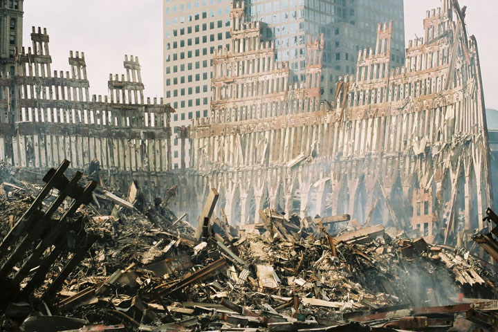 wtc-wreckage-south_tower